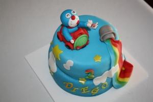 tarta infantil doraemon dos pisos 2