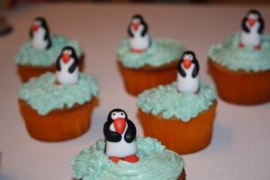 cupcakes pinguinos y buttercream 6