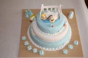 tarta pisos bautizo bebes mellizos 1