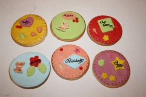galletas con mensaje y decoracion fondant 2