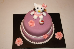 Tarta Hello Kitty cupcake dos pisos (1)