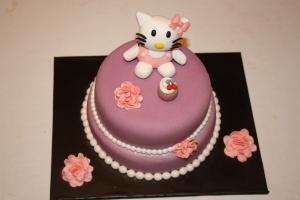 Tarta Hello Kitty cupcake dos pisos (1)