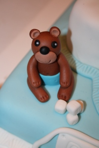 tarta bautizo osos conejos bebe en lata (5)