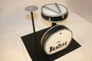 tarta bateria the beatles (11)
