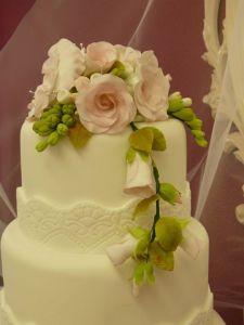 detalle flores tarta boda